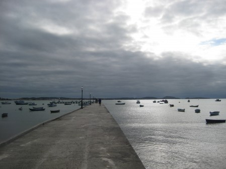 The pier at Praia Manguinhas offered some beautiful sky and bay views